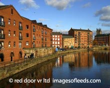 Images of Leeds, Leeds Photographs, Leeds Bridge, River Aire © Red Door VR Limited.